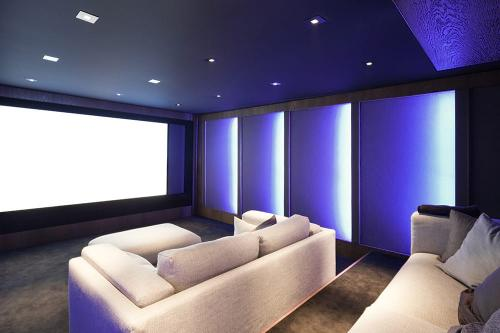 Bespoke_Cinema1